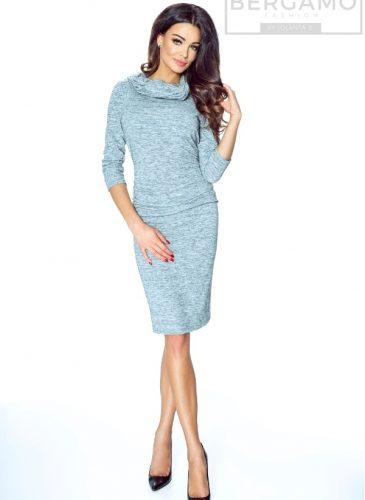 sukienka-sweterkowa-drapowana-na-biodrach-z-golfem
