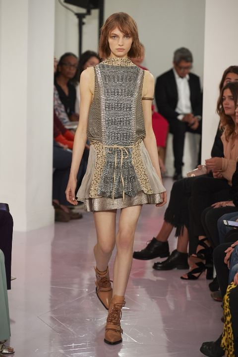 3c77837ecf Sukienki Wiosna 2018 – Paryż – Pokaz Chloe