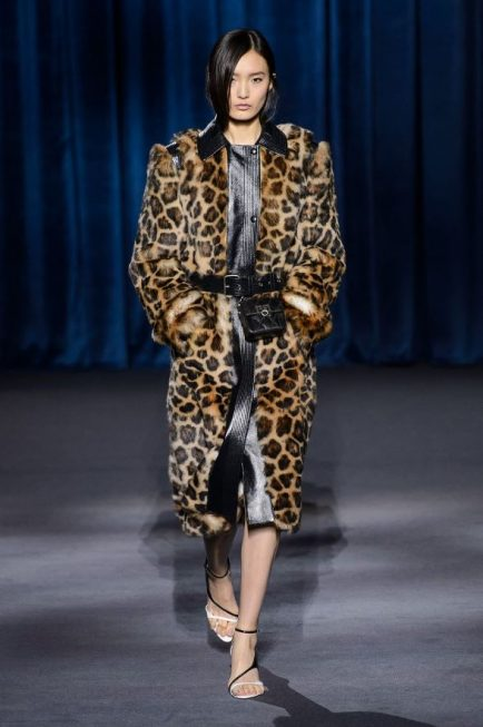 ee35b2c5d5 Givenchy  Trendy Wiosna Lato 2018 – Moda Damska – Cz.2